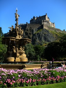 爱丁堡城堡下的喷泉。