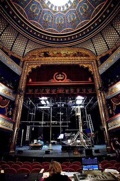 爱丁堡兰心大剧院(Lyceum Theatre)搭建Vieux Carr演出舞台