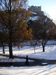爱丁堡城堡下的王子大街公园