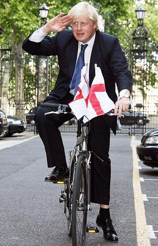 2009-11-05.Boris Johnson on bike