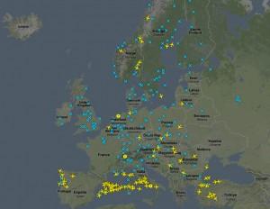 2010-04-19. flightradar24 4月19日格林尼治时间 11:15 欧洲上空民航飞机