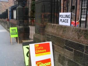 Royal Mile 上的小学今天被用作了投票站