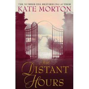 2010-10-25.The Distant Hours, by Kate Morton