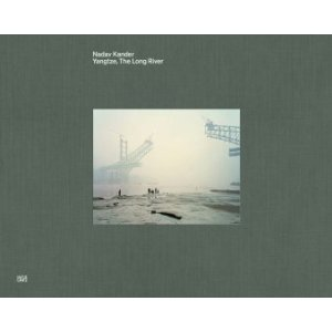 2010-11-09. Nadav Kander: Yangtze - The Long River