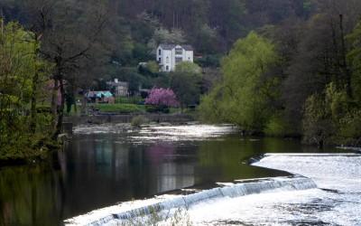 北威尔士一座漂亮的小镇 Llangollen。
